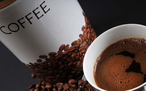 FreeGreatPicture.com 15544 coffee and coffee beans close up